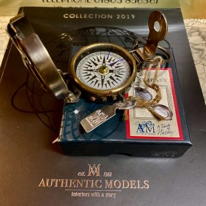 Authentic Models WW2 Hand Held Compass CO014