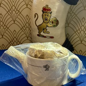 Cunard Queen Elizabeth 2 Bone China Tea Pot Royal Doulton BNIB