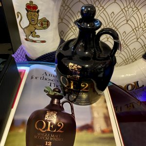 QE2 12 years old Single Malt Scotch Whisky decanter